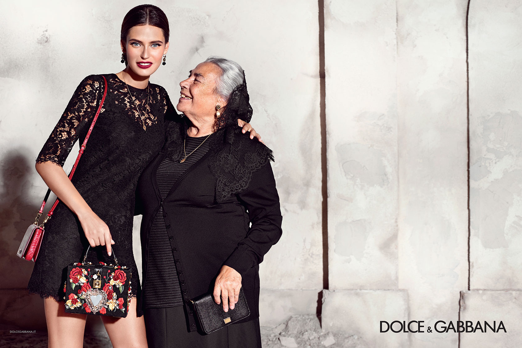 95fc9e45 dolce-and-gabbana-summer-2015-women-advertising-campaign-10-zoom ...